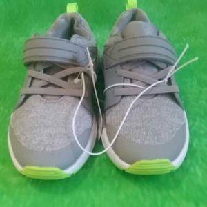 NWT sz 12 boys Tennis Shoes